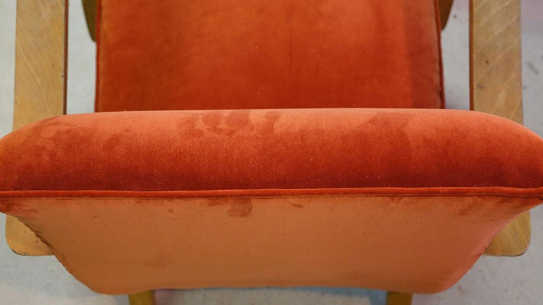 finition passepoil dossier fauteuil