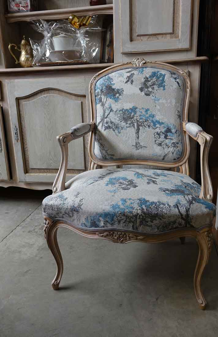 changement tissu fauteuil louis xv